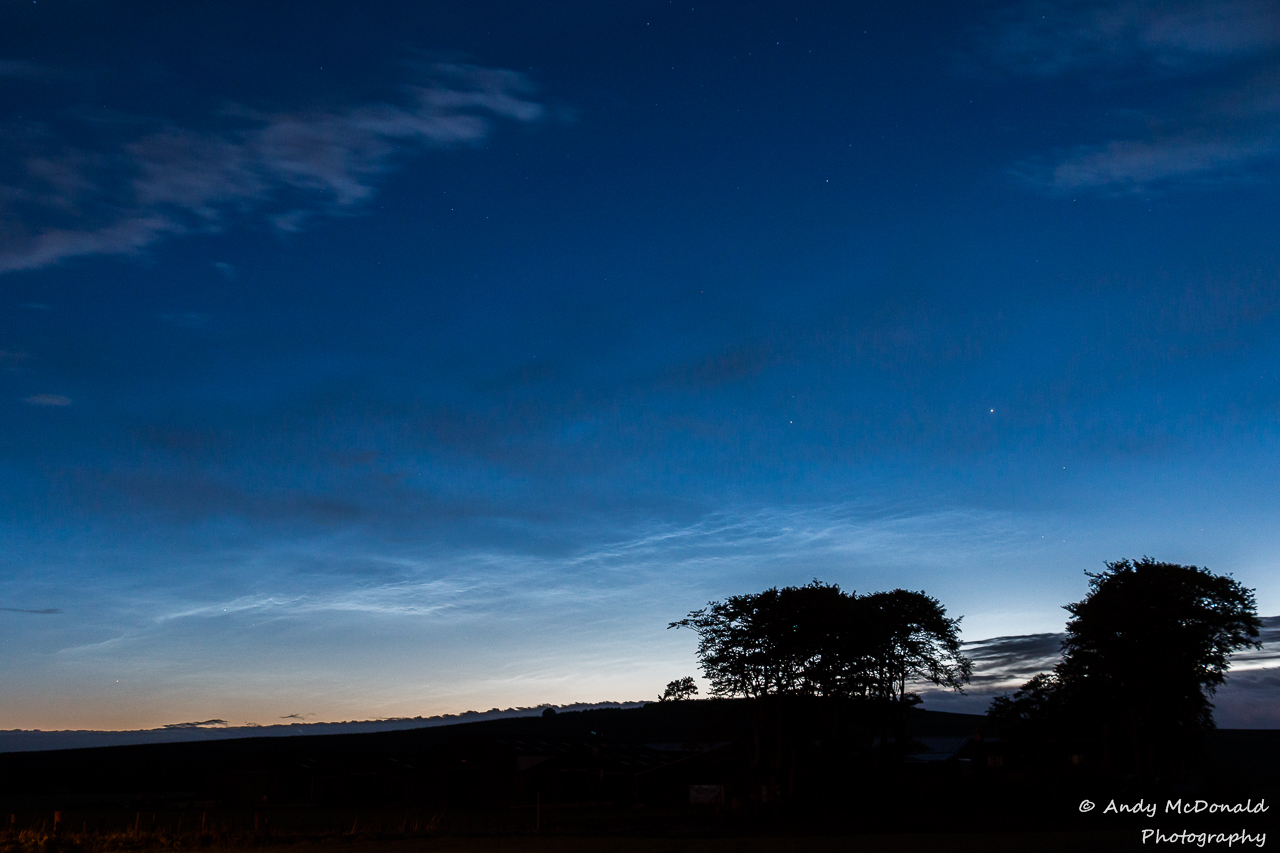 201506-1-2-0112hrs-nlc-clouds-nlcnet.jpg